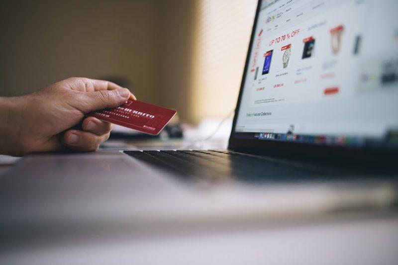 sviluppare-un-sito-e-commerce